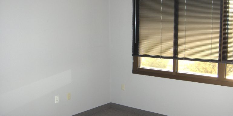 3-18-09 (Suite 250) 005