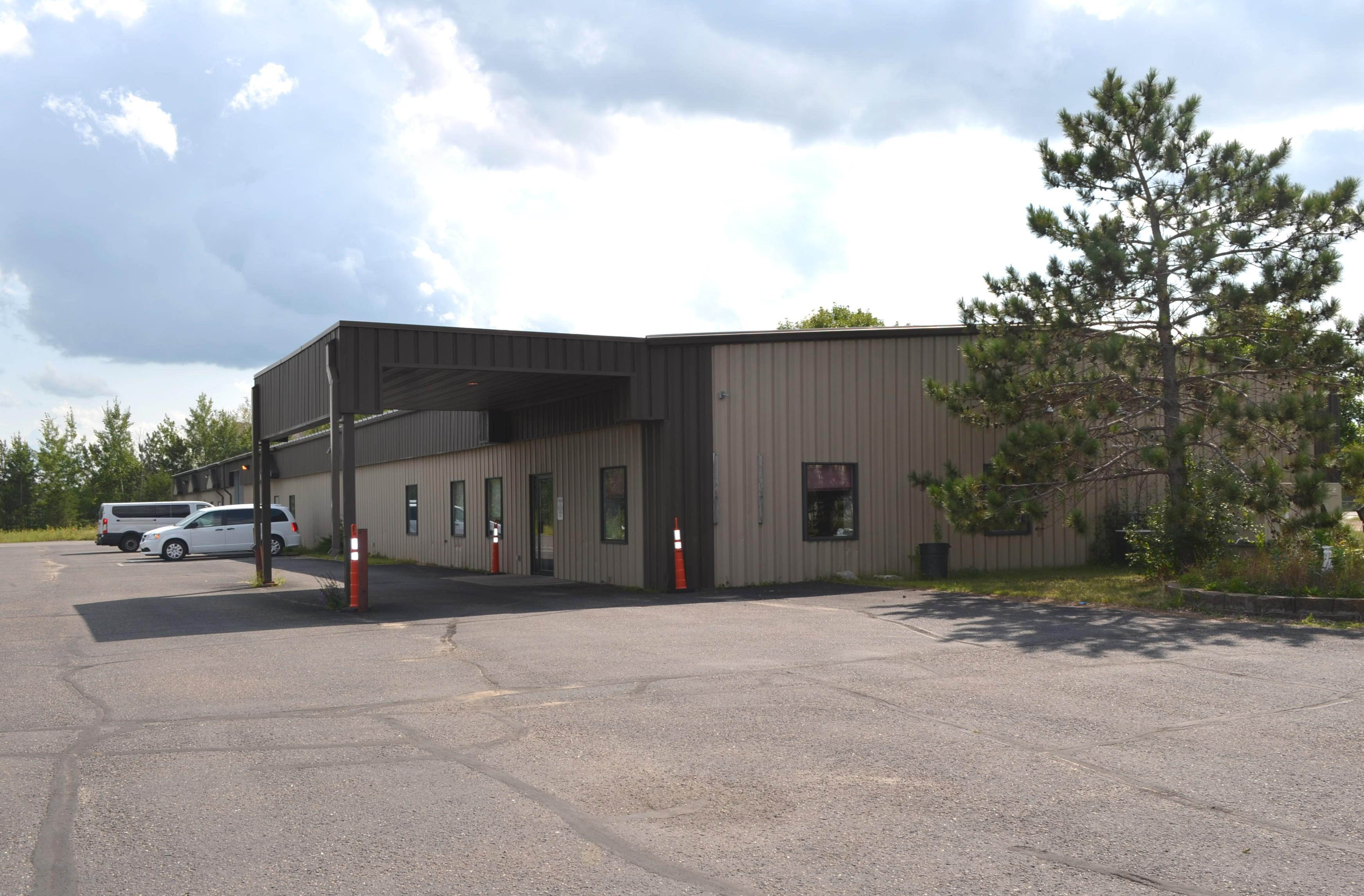 Industrial Building For Lease (South)