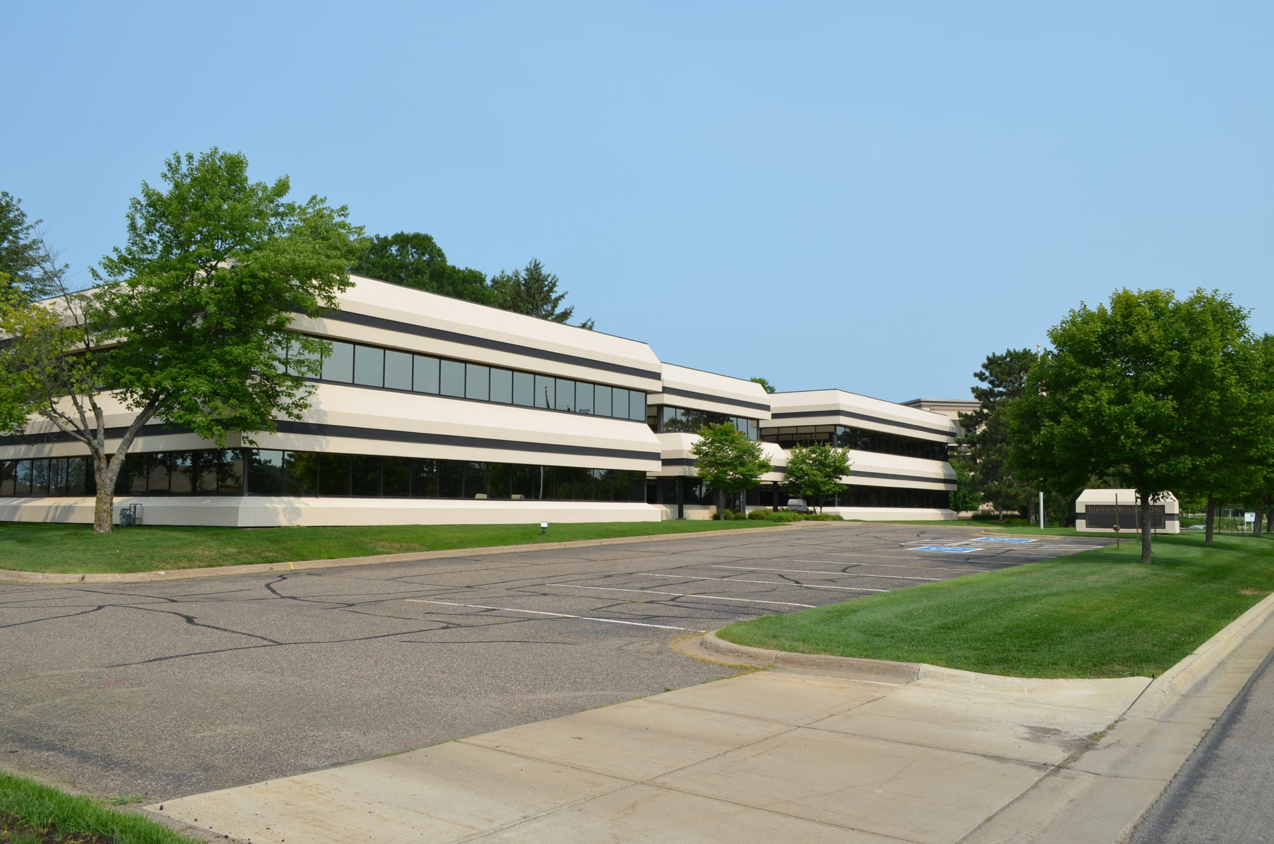 Office Buildings For Sale/Lease